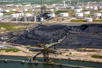 Which Jobs are Available in the Oil Sands Industry?